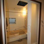 1階浴室:3枚引戸で開口が広くとれます